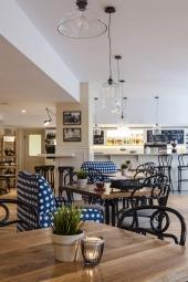 кафе - салон Старият град